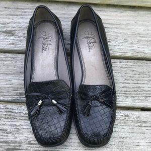 Lifestride Black Belmont Tassle Loafers Flats 8M